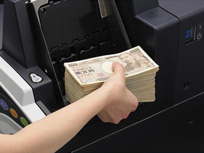 金融機関に支持されてきた技術力で紙幣・効果の計数業務をサポート。